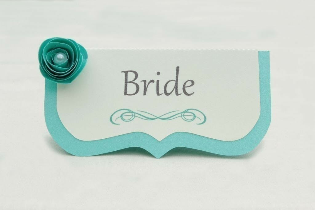 turquoise-wedding-flower-place-card